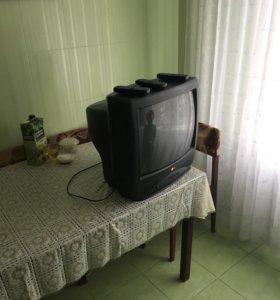 Телевизор LG диагональ 50 см, бонус- 3 пульта ДУ