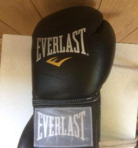 Боксерские перчатки(профессиональные)