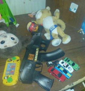 Набор игрушек для детей будет продано