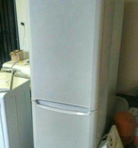 Холодильник Индезит B18FNF.025 бу