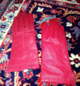 Перчатки Benneton ( xs)
