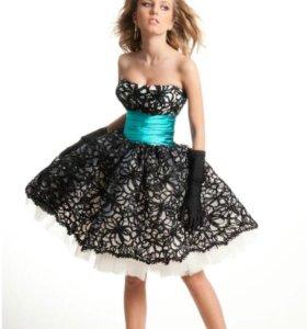 Нарядное платье, размер М
