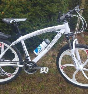 Велосипеды БМВ на литых дисках