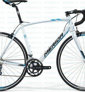 Шоссейный велосипед Merida Scultura 100