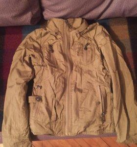 Куртка(отдам за шоколадку)