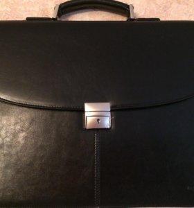 Мужской портфель новый