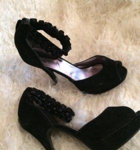 Туфли новые 39.5. .. 40 размер