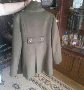 Новое пальто ничего не липнет на него! Отличное ка