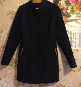 Пальто и кожаная куртка
