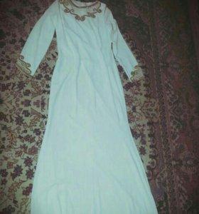 Платье одето один раз на второй день