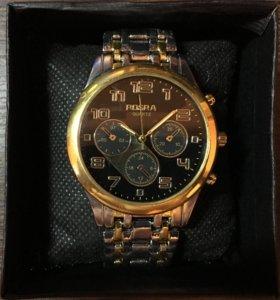 Деловые часы с подарочной коробочкой