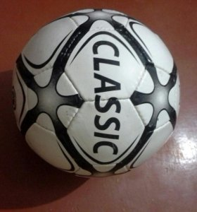 Мяч:Classic.