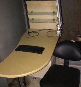 Стол для маникюра с лампой и стулом