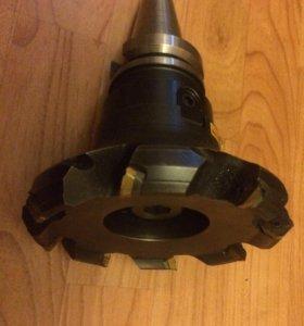 Фреза sandvik 125mm c хвостовиком ISO 40
