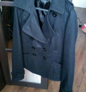 """Пальто женское, весеннее """"Topshop"""" б/у 44 размер"""