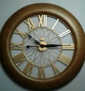 Часы настенные 120 см. в диаметре