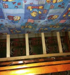 Детская кровать с 2 матрасами
