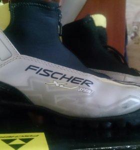 Лыжные ботинки fisher(NNN)