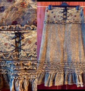 Юбка джинсовая с вышивкой(новая)
