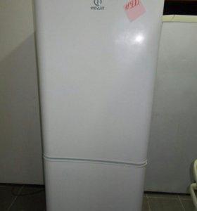 Холодильник Indesit доставка до Вашего дома