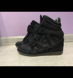 Продаю кеды Isabel marant и кроссовки adidas