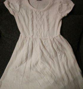 Платье вязаное мини
