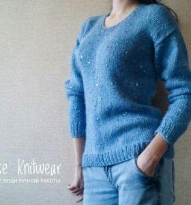 Вязаный свитер ( с пайетками)