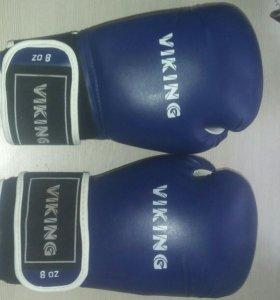 Боксёрские перчатки Viking