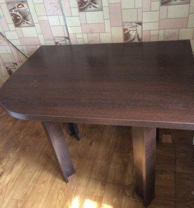 Стол угловой кухонный