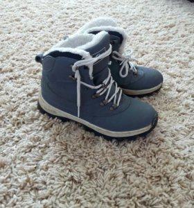 Зимние ботинки кросовки