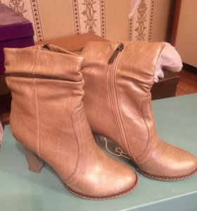 Сапоги (ботинки,ботильоны) новые