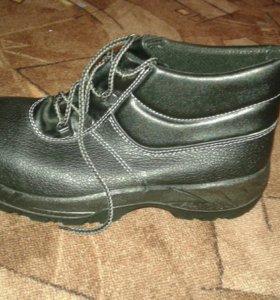 Новые ботинки (кожа)