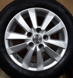 Резина с дисками (Toyota)