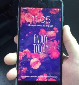 Айфон 6+ на 16 гб.