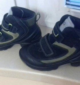 Ботинки Ecco 30 р-р