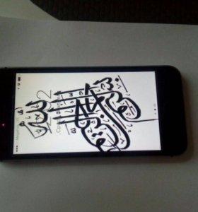 iPhone se 16гигов