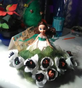 Кукла, игрушка с конфетами