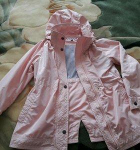 Куртка ветровка.