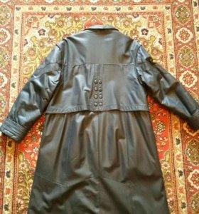 Пальто женское, кожаное!