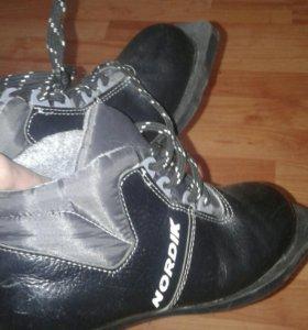 Лыжные ботинки,35-36 размер :3