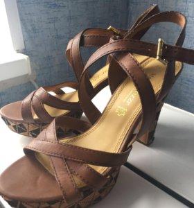 Босоножки туфли кожаные Marco tozzi