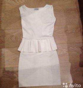 Почти новое платье аделишик