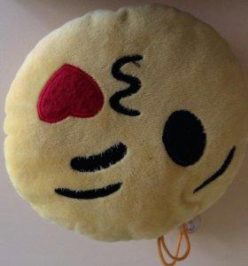 Продам подушка смайл или emoji