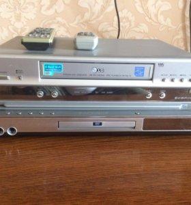 Видео магнитофон +DVD