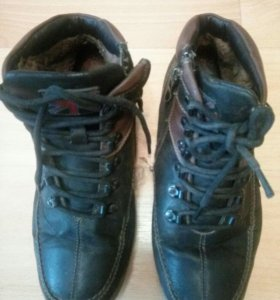 Ботинки кож. С мех.40 размер