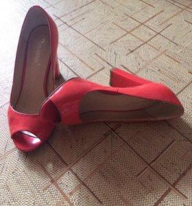 Туфли коралловые с открытым носиком