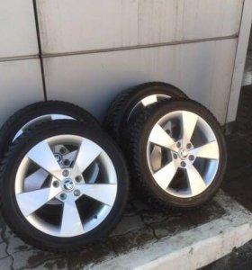 Продаются оригинальные колесные диски DENOM R17
