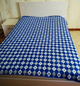 Спальня: кровать (+матрас),шкаф,туал.стол,тумба