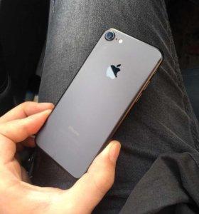 iPhone 7 32 gb Чёрный матовый