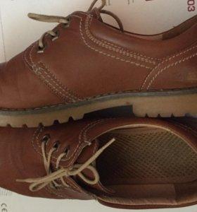 Ботинки коричневые